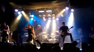 Parkway Drive - Bulls On Parade (Rage against the Machine cover) /live/