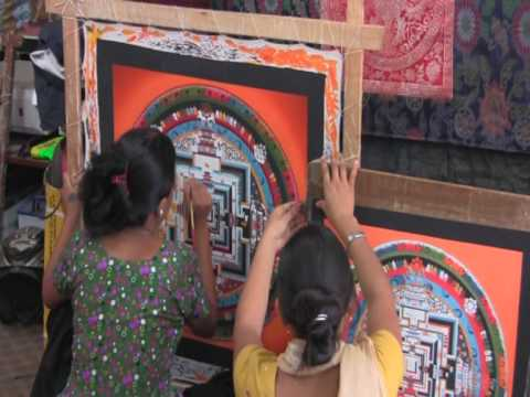Women painting Thangka, Nepal, round the world trip of David and Ronnie
