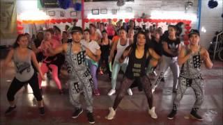ZUMBA  Asi (Remix) Amara La Negra ft El Chevo - LEO LOZANO