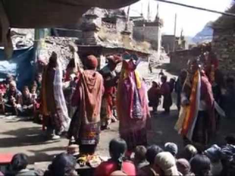 Naar Village and the Kang La