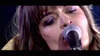 Clara Luciani, en Live - C à vous - 22/05/2017