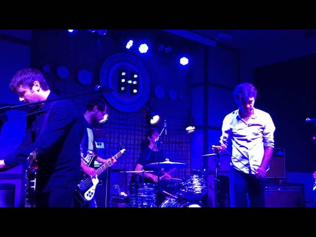 Vídeo de un concierto en la sala Hangar.
