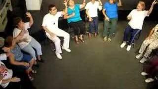 Dance News - Dança Sênior - coreografia sentada