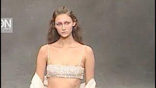 KRIZIA Fall 1999 2000 Milan - Fashion Channel