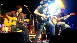 "Lee Kernaghan Live ""Leave Him In The Longyard"" @ Perth City Muster 2010"