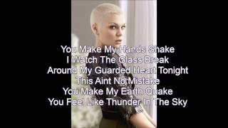 Jessie J- Thunder (Lyric Video)