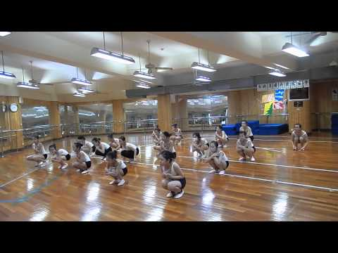 23 Oct.2013 中和區光復國小實驗課程舞蹈班(高年級) 創作排練實況 Part.1 - YouTube