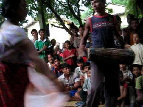 Traditionele dans van de Taroe community