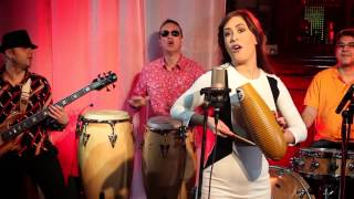 Srekjata so pari ne se kupuva - Tumbao Salsa Band (Official Video)