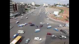 Asa arata o intersectie nesemaforizata din Ethiopia