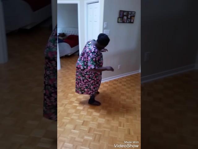 A 76 ans elle danse pour Jésus (Jésus est mon ami)