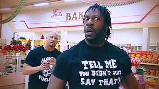 """Stone Cold"" Steve Austin and Booker T brawl it out inside a grocery store"