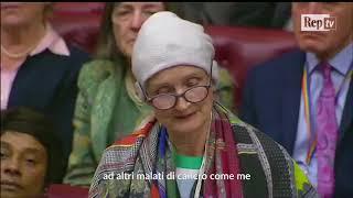 Gb, la deputata Tessa Jowell ha il cancro. Il suo discorso pieno di speranza emoziona il Parlamento