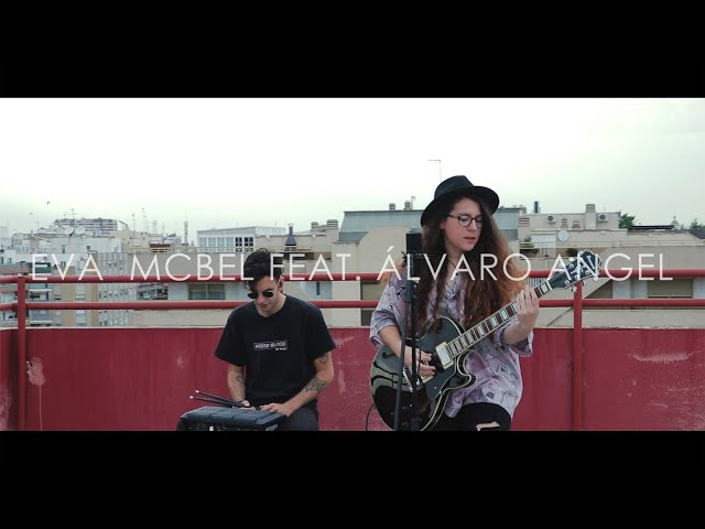 Vídeo de Eva McBel