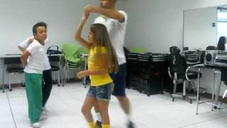 PASOS BASICOS DE MERENGUE DIEGO-PAULINA