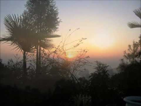 Nepal: Amanecer en el Himalaya