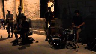 """Caravan"" cover in Chania"