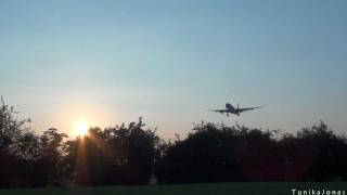 Sunrise Planespotting at London Heathrow [Full HD]