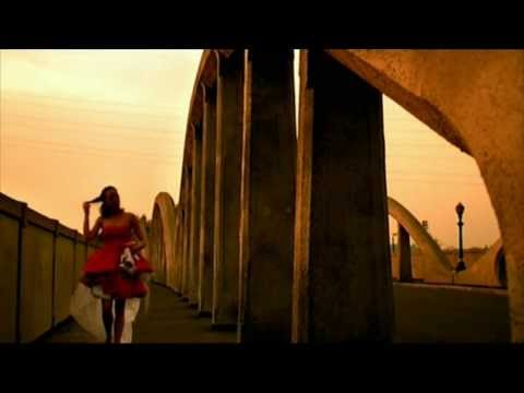 Only For The Stars In Your Eyes En Portugues de Xandria Letra y Video