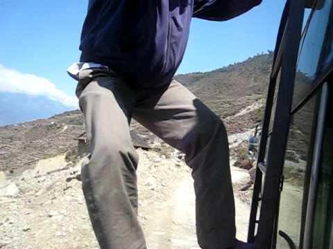 Nepal, Langtang, day 1 – Bus from Kathmandu to Shyaphru Besi