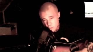 Linus Svenning - Titanium (David Guetta Acoustic Cover) - LIVE