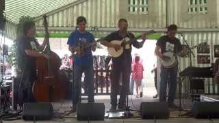 Stonebones & Bad Spaghetti (Portugal) Polka on the banjo