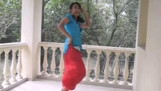 Radha_Dance_(Student_Of_The_Year)_HD(wapking.cc).m