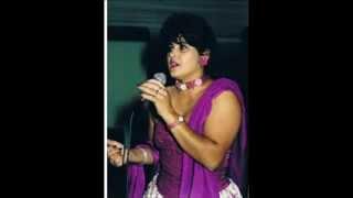 Maria do Sameiro - CORRIA ATRÁS DAS CANTIGAS