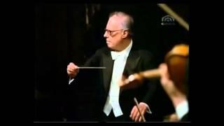 MOZART, Eine kleine Nachtmusik, Third Movement: Minuet (Allegro)