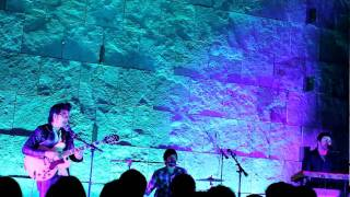 LADY DANVILLE - BED 42 (live)