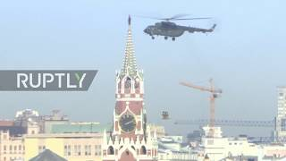 Russia: Anti-terror units soar over Moscow in nets suspended from helicopters as part of drills