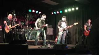 Forum - Kryptonite Cover - Live at The Blue Grotto