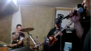 ABRIL - Still they ride - Cover a Journey