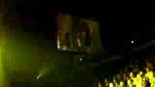 Enrique Iglesias - Rhythm Divine (Live at M.E.N)
