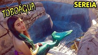 Sereia no Toboágua da Piscina em Orlando (Cauda, H2O Menina, Mako Mermaid, Escorregador)