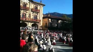 Children's day Basque circle dance