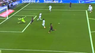 Iker Casillas huge save vs Leo Messi 25.10.14