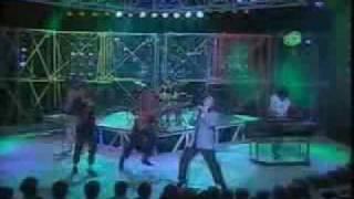 Orquesta Mondragón - Caperucita feroz (en vivo)
