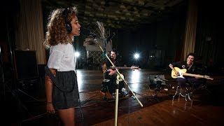 Izzy Bizu - White Tiger (Maida Vale session)