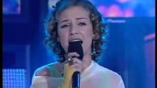 Ídolos 2004 - Luciana Abreu - Povo que lavas no rio