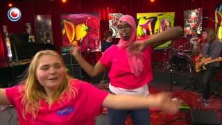 Dansgroepje van EspecialCare in Noardewyn Live Omrop Fryslân