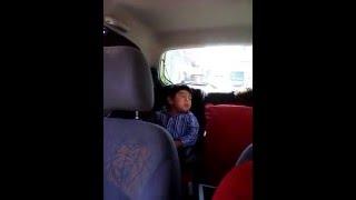 Santi canta Ya Te Olvidé de Yuridia