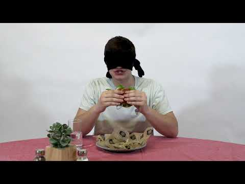 The IDS staff tries and ranks campus burgers while blindfolded.