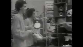 Benito Di Paula - Violão Não Se Empresta A Ninguém - Chacrinha-(1972)