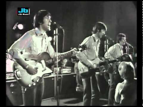 the-spencer-davis-group-somebody-help-me-beat-beat-beat-1966-john1948twelvea