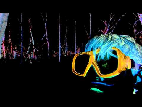 deakin-just-am-official-video-animal-collective
