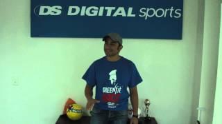 Manolo Cruz invita a The Race
