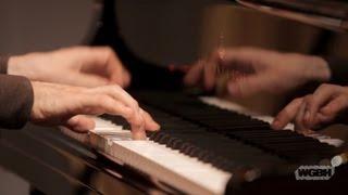 WGBH Music: Jonathan Biss plays Schumann's Fantasiestücke, Op. 12 (No. 2 Aufschwung)