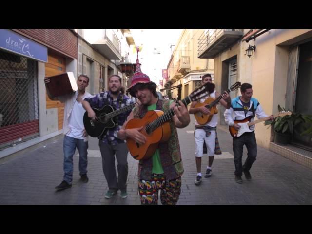Videoclip oficial de la canción El Karapapa de Bohemios Autorizaos