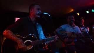 Χατ Τρικ - Τρελαίνομαι (Acoustic Live)